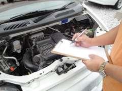 仕入れた車は全車点検整備を行い車の調子を確認しております。