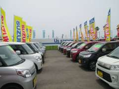 安心の全車保証付販売。ご購入後のアフターも安心のスズキディーラーにお任せ下さい。