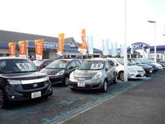 コンパクトカーは、シエンタ、フリードが中心でミニバンはセレナ、ノア、ヴォクシー、ステップワゴンなど在庫が豊富です!