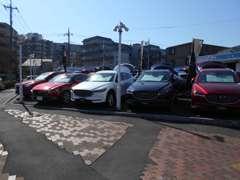 新世代マツダ車も多数展示中!高年式、少走行車もございます!