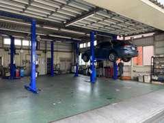 サービス工場併設で納車整備・アフターサービスもお任せ下さい♪お客様の快適なカーライフをサポートします。