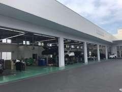 展示のおよそ7割が当社の下取・買取車両です。新設サービス工場