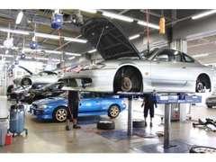 陸運局指定工場の[ガリバー関東商品化センター]内に所在し、点検整備体制を整えております。商品化への整備を徹底して行います。