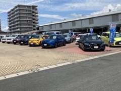 本社にて新車販売・サービス受付も行なっております。
