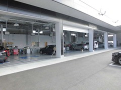 整備工場、検査ラインも完備しており、プロのエンジニアによる車点検整備を実施しまして、グッドコンディションでお渡しします☆