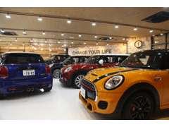 高品質、充実装備なBMWミニのみ厳選した約100台以上のミニの中からお気に入りの1台をお選びください。