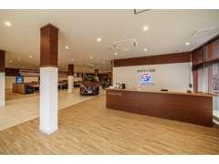 中部地区最大級の【ミニバン】専門店を展開。常時100台以上!!