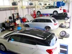 常時130台以上展示の輸入車専門展示場。高品質車ばかりです。
