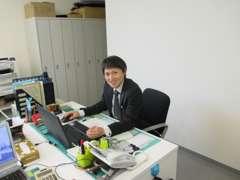店長山崎です!【お客様にピッタリなお車のご提案をいたします】を目標にスタッフ全員でご案内いたします。