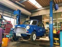 英国車、欧州車に興味はあるけど車に詳しくなくて心配、という方もご安心ください。お車選びから納車後もしっかりサポートします