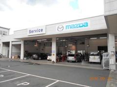 当店は国土交通省の指定整備工場です。車検・点検から修理までお客様のお車を心を込めて整備させていただきます。