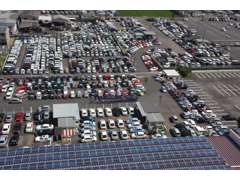 在庫台数1500台お客様のカーライフ全力サポートします。