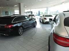 厳選した人気モデルからお買得車まで約40台取り揃えております!