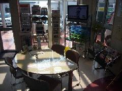 むつ店は『太陽のひかり』がたくさん店内に入り込みます。