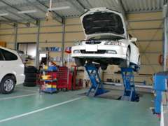 安心の認証工場完備で、プロの整備士が対応いたします。