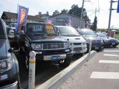 4WD☆輸入車☆1BOX☆ミニバン☆セダン☆コンパクト☆軽自動車☆バン☆トラックなんでもお探し致します♪