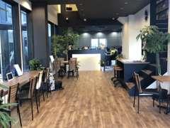 お客様には大切な時間を頂くので、少しでも居心地の良い空間を提供する為に店内は綺麗に心がけております!