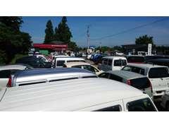 高級車や輸入車を格安で手にしたい方も是非ご来店ください!