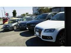 在庫は20台ほどで、軽自動車から外車までございます!