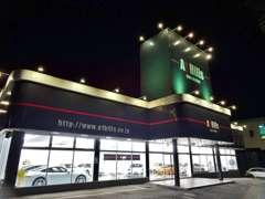 高品質ポルシェ専門店-A1 Hills-(エーワンヒルズ)ショールーム