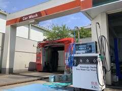 手洗い洗車用の設備も完備です♪ シャンプー洗車からKeePerコーティングまで幅広く受け付けております!