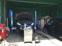 輸入車ディーラーで経験を積んだ整備士が、ばっちり整備致します