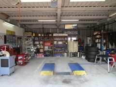 整備工場です!店舗前には駐車スペースもございます。飛び込みでもOK♪ ★(株)ヤトミ 愛知県弥富市坂中地3丁目99番地★