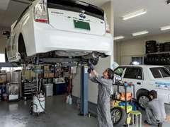 実績のある安心な提携工場で納車点検整備を行い法定点検も実施!