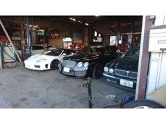 修理も当社指定工場が有ります。国産、外車ともにOKです。