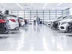 あらゆる車種のメルセデスを展示中!実際に見てお選び頂けます。